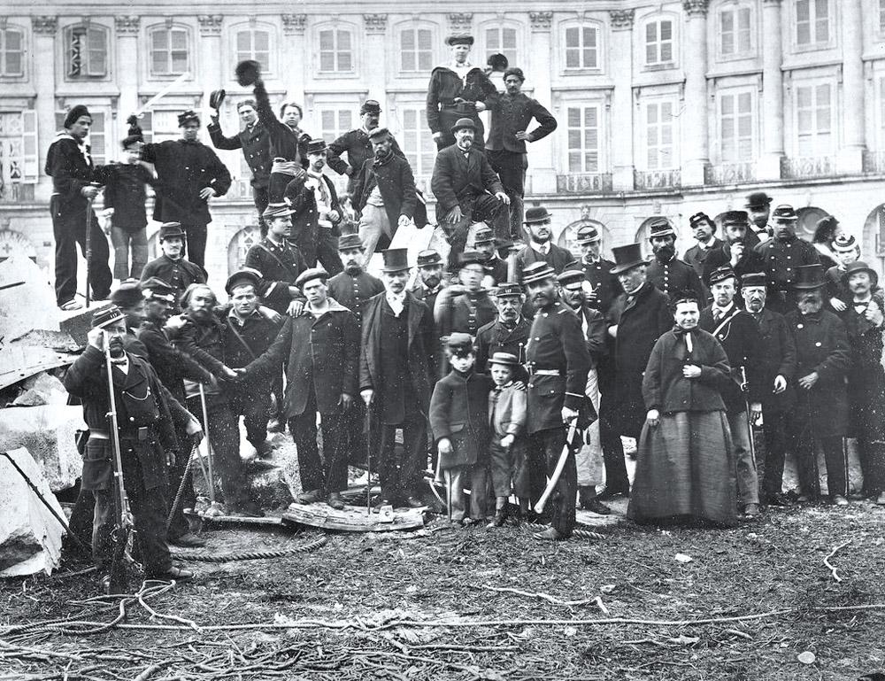 1886 premi re grande r volte ouvri re en belgique solidaire for Ico travailleur com ikea