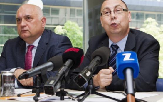 Rudy De Leeuw (FGTB) et Marc leemans (CSC). Photo DeWereldMorgen