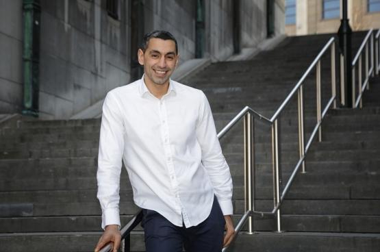 Youssef Handichi, député bruxellois PTB (Photo Solidaire, Salim Hellalet)