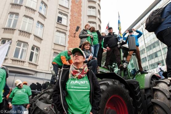 Lors du sommet des ministres européens de l'Agriculture le 7 septembre dernier, il y avait dans le quartier européen de Bruxelles 1500 tracteurs et 5000 personnes. De futures actions sont prévues. (Photo Solidaire, Karina Brys)