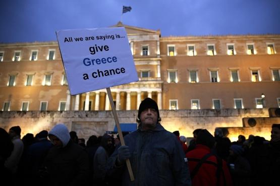 Les élections du 20 septembre ont vu un taux d'abstention record: 45%. Ce désaveu est la conséquence de la politique anti-démocratique de l'UE. (Photo Reuters / Yannis Behrakis)