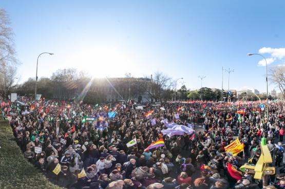 22 mars 2014, Madrid. Des dizaines de milliers manifestent sous le mot d'ordre « Pain, emploi, un toit et dignité ». (Photo Flickr / sitoo)
