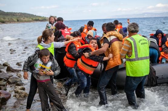 En janvier, 2186 réfugiés arrivaient chaque jour sur les côtes grecques. (Photo Cafod / Flickr)