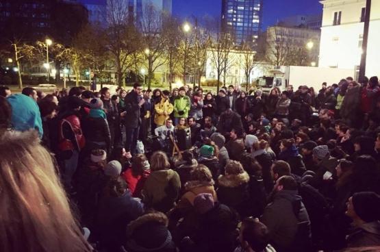 #NuitDebout, place des Barricades à Bruxelles, le 6 avril 2016. (Photo Solidaire, Charlie Le Paige)