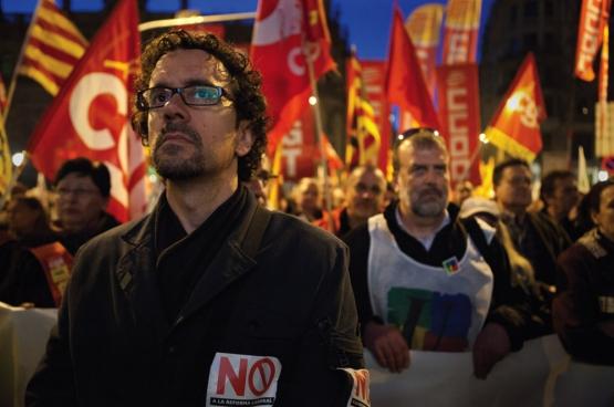 En Espagne, la réforme du travail de 2012 a déclenché un mouvement massif, avec notamment une grève générale le 29 mars 2012. ici, une journée de mobilisation à Barcelone. (Photo Javier Carbajal - Imagen en Acción / Flickr)