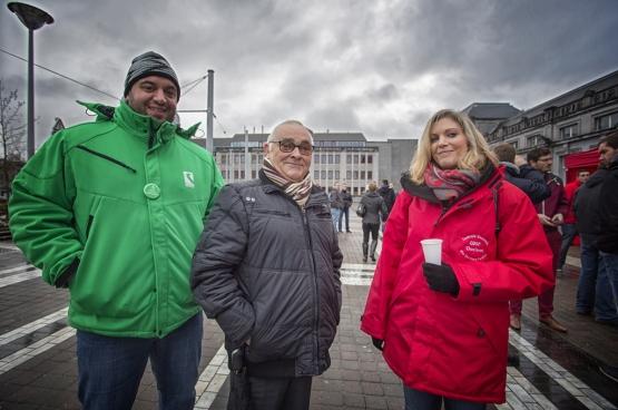 « Tout le monde a intérêt à ce que les syndicats puissent jouer leur rôle : participer à la négociation et organiser l'action collective », estime le spécialiste du droit social Jan Buelens. Ici, les syndicats en action à Charleroi le 6 janvier dernier. (Photo Solidaire, Salim Hellalet)
