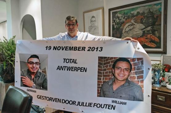 Le 19 novembre 2013, German Pacheco Dirix (30 ans) et William Van Robbroeck (29 ans) perdaient la vie dans  une explosion à la raffinerie Total à Anvers. Depuis, Guido, le père du premier, lutte pour faire condamner les responsables.  (Photo Solidaire, Karina Brys)