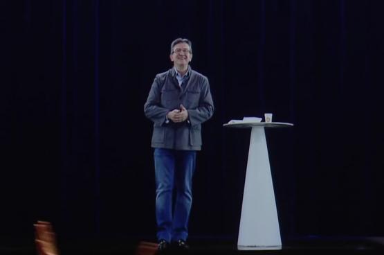 Le 5 février dernier, Jean-Luc Mélenchon, candidat de la France insoumise, soutenu par le Parti communiste, tenait deux meetings en même temps : l'un à Lyon et l'autre à Paris, en hologramme (photo). (Capture d'écran Youtube, Jean-Luc Mélenchon)