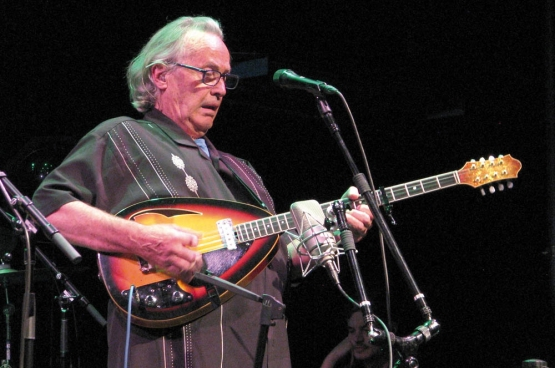 Ry Cooder (Poto SteveProctor / Wikimedia)