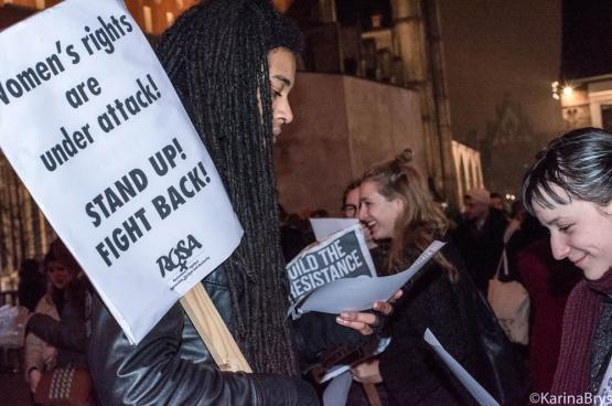 « Les droits des femmes sont attaqués.». C'est pour cela que différentes organisations ont organisé des actions de grève (ou autres) lors du 8 mars, Journée internationale des droits des femmes. (Photo Solidaire, Karina Brys)