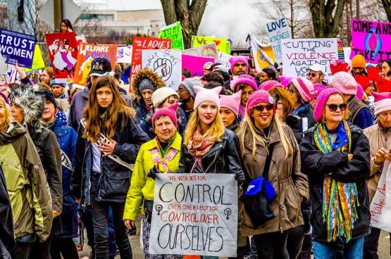 L'impressionnant mouvement de contestation du 20 janvier dernier, lancé par les mouvements de femmes, symbolise les espoirs de la résistance à Trump. Mais ce mouvement devra relever le défi de l'unité. (Photo Mobilius in Mobili / Flickr)
