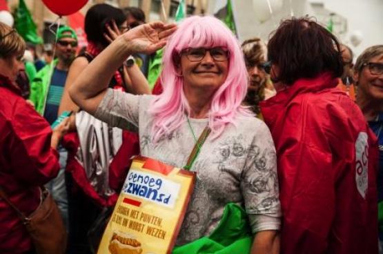 Le 16 mai, nous étions plus de 70 000 à BRuxelles. deux jours plus tard, le gouvernement mettait sa pension à points au frigo. (Photo Solidaire, Fabienne Pennewaert)
