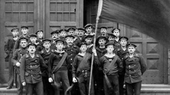 La mutinerie des marins de Kiel a lancé la vague révolutionnaire en Allemagne en 1918. (Image tirée du documentaire « 1918 : la révolte des marins » diffusé sur Arte)