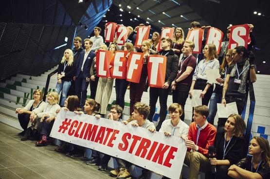 Il nous reste douze ans avant que le réchauffement climatique devienne totalement incontrôlable. (Photo Greenpeace Pologne)