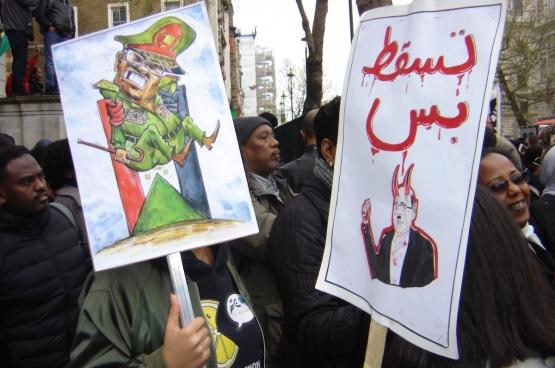 Manifestation à Londres pour le départ du dictateur Omar el-Béchir. (Photo Solidaire)