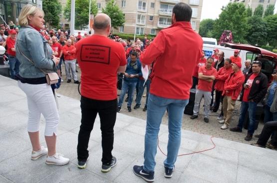 Photos : Solidaire, Dirk Tuypens.