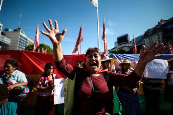 Partout sur le continent latino-américain, des manifestations en soutien au pouvoir progressiste bolivien sont organisées. Comme ici, à Buenos Aires (Argentine), ce 8 novembre. (Photo Belga)