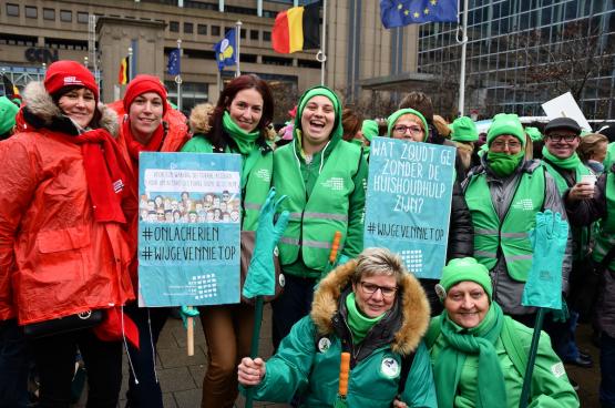 Le 28 novembre dernier, c'était la première action d'un long combat des aides-ménagères, à Bruxelles. (Photo Solidaire, Tibor Van Cutsem)