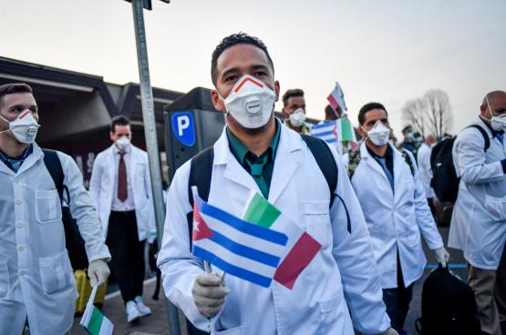 Les travailleurs de la santé cubains sont arrivés en Italie le 22 mars. (Photo Belga)