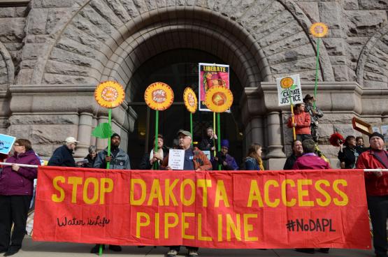 Les Sioux luttaient depuis 4 ans pour que ce pipeline disparaisse. (Photo : Fibonacci Blue, Flickr)
