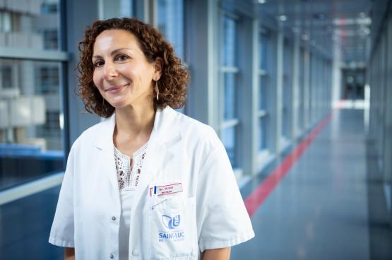 « En partant de ma propre expérience, en tant qu'infectiologue qui a pris en charge des patients sur le territoire bruxellois, et du vécu de mes collègues, j'ai essayé de reprendre, point par point, ce qui n'avait pas fonctionné correctement. » (Photo DR)