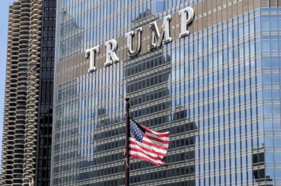 La richesse des 644 milliardaires américains, dont Donald Trump, a augmenté de 1 000 milliards de dollars par rapport à ce qu'elle était avant la réforme fiscale. (Photo James Cridland, Flickr)