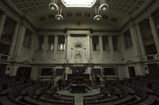 Christophe Couvent veut étouffer les votes dissonants dans un parlement basé sur le marché. (Photo Mzximvs VdB, Flickr)
