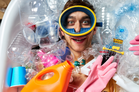 Il y a peu de volonté pour réduire la production d'emballages plastiques. Celle-ci a augmenté de 39 % depuis le début du siècle. (Photo Shutterstock)
