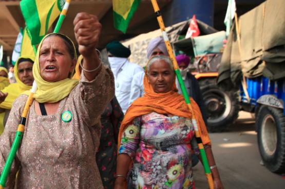 Les femmes qui sortent et se battent contre l'exploitation défient le patriarcat. Lorsque ces femmes sans voix rentrent chez elles, elles deviennent des femmes qui savent se faire entendre.  (Photo Shutterstock)